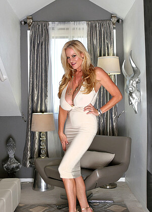 Kellymadison Model